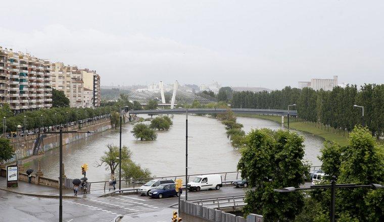 Imatge del riu Segre desbordat