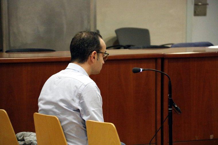 L'exdirector de banca de Lleida acusat d'apropiació indeguda, al judici a l'Audiència de Lleida