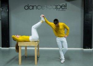 Imateg de l'actuació de la companyia Doble Trouble, formada per Laura Díaz i Marcel Font campions d'Espanya