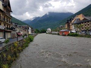 Imatge del riu Garona al seu pas per Bossòst