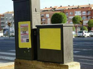 Cartells grocs a la Bordeta