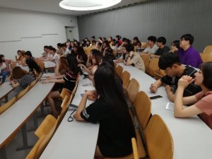 Estudiants coreans aprenent anglès al Campus de Cappont de la Universitat de Lleida