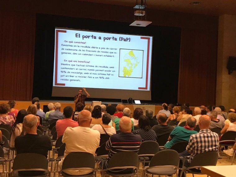 Imatge de la sessió informativa