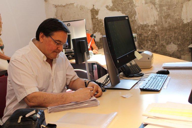 Pla mig on es pot veure un dels impulsors de la recollida de signatures per la millora de l'entrada per l'N-260 a la Seu d'Urgell