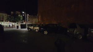 Imatge de la plaça del Dipòsit a les fosques