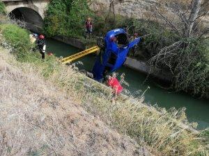 Imatge del moment del rescat del cotxe