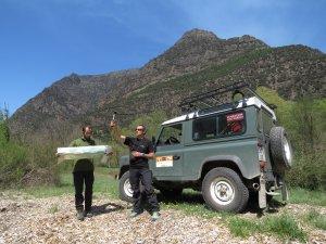Pla general de l'equip de la Fundación Oso Pardo del Pallars