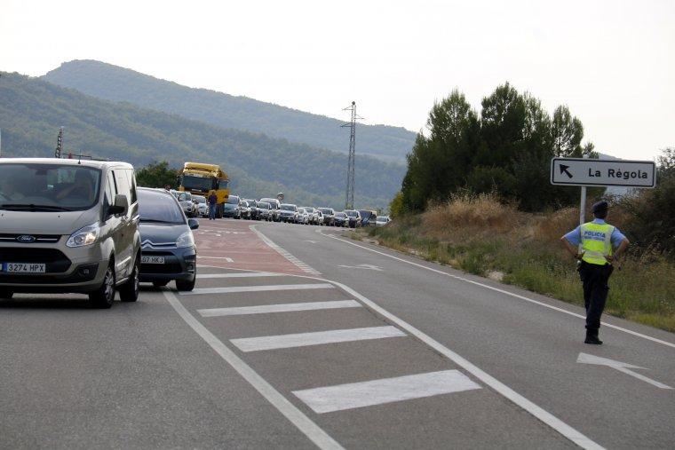 L'accident ha provocat llargues retencions en aquesta transitada via.