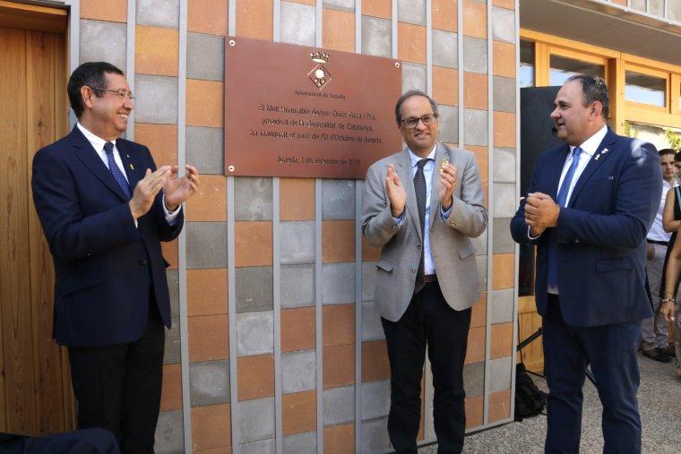 Quim Torra, el delegat del Govern a Lleida, Ramon Farré, i l'alcalde de Juneda