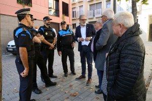 Imatge de Larrosa amb la Urbana i veïns