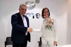 La presidenta d'Ap! Lleida, Laura Sánchez, amb el president de Pimec Lleida, Jaume Saltó