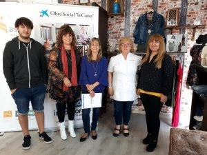 La tècnica del Punt d'Autoocupació d'Incorpora a Lleida Thaïs Ordóñez