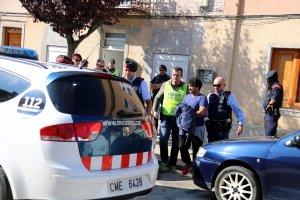 Un dels detinguts en l'operació policial contra el tràfic de drogues, a Alfarràs