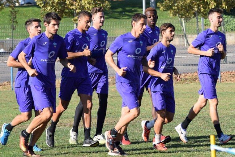 Imatge dels jugadors del Lleida Esportiu entrenant