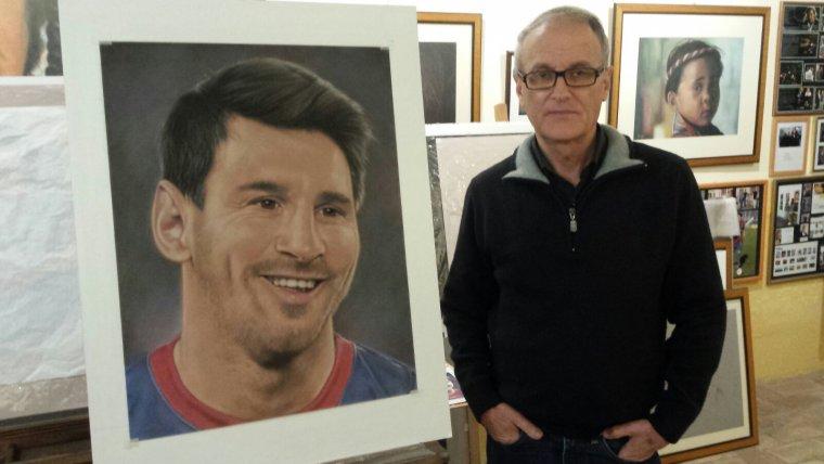 Robert Pérez amb una imatge de Messi