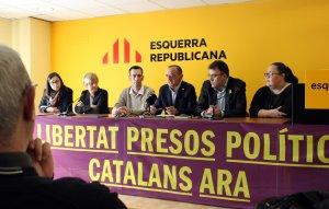 Representants d'ERC, Avancem i MES, amb el cap de llista de la candidatura de les tres formacions a la ciutat de Lleida en les municipals del 2019, Miquel Pueyo