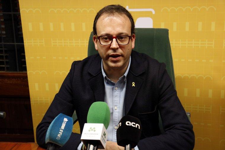 Pla mitjà de l'alcalde de Mollerussa, Marc Solsona