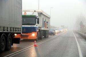 Imatge de les cues que ha provocat a l'accident a l'N-240, a la sortida de Lleida