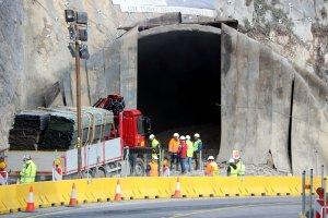 Imatge del túnel de Tresponts amb runa de la primera voladura
