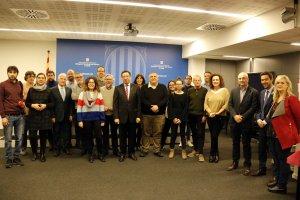 Pla obert on es poden veure els representants de diferents mitjans de comunicació a Lleida