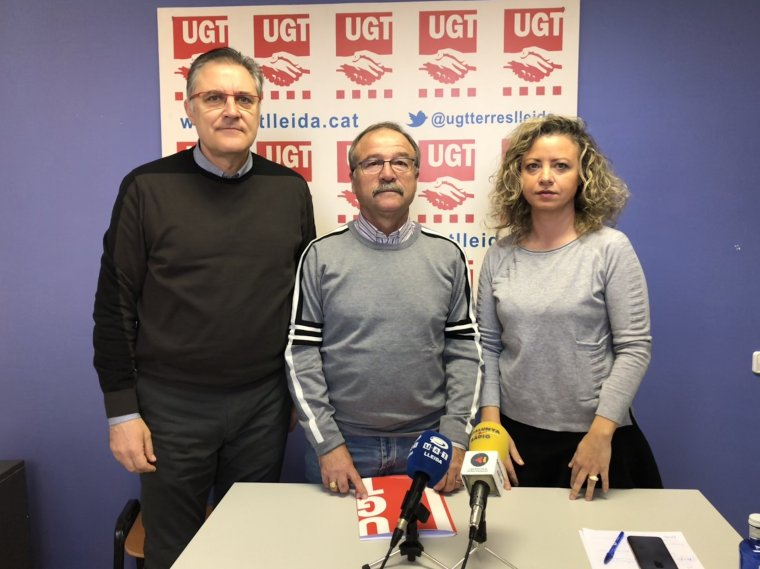 Els responsables de la UGT, José Luís Aguilà, Antonio Rodríguez i Alicia Buil