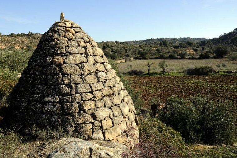 Imatge d'un dels aljubs de pedra seca de Torrebesses