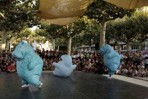 Imatge de l'espectacle Hippos de la companyia lleidatana Zum Zum Teatre a Fira Tàrrega 2018