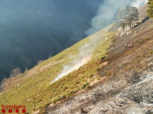 Imatge del fort pendent de la zona on s'ha registrat l'incendi d'Arties.
