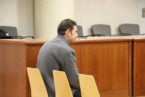 L'acusat de maltractar i violar la seva parella, assegut al judici a l'Audiència de Lleida