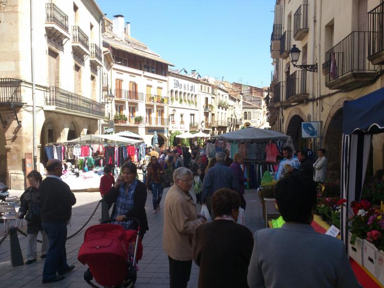 Mercat a la plaça de les Borges