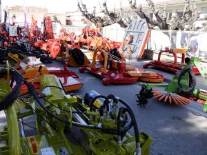 Imatge pla general de maquinaria agrícola