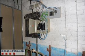 Instal·lació elèctrica punxada