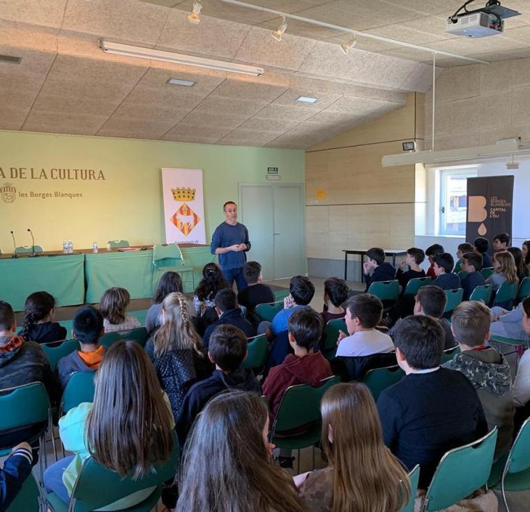 Imatge de la presentació de Pep Molist a les Borges Negres