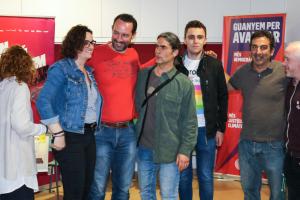 El candidat d'En Comú Podem a Lleida, Jaume Moya, de vermell