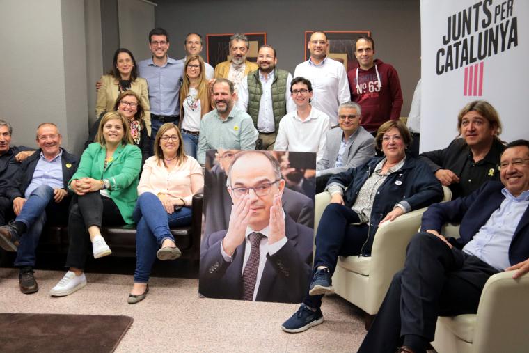 Imatge del seguiment de la nit electoral a la seu de JxCAT de Lleida