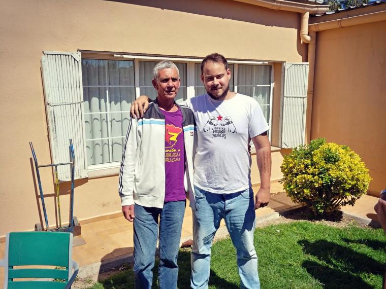 Pablo Hasél en la rebuda a Paco Cela