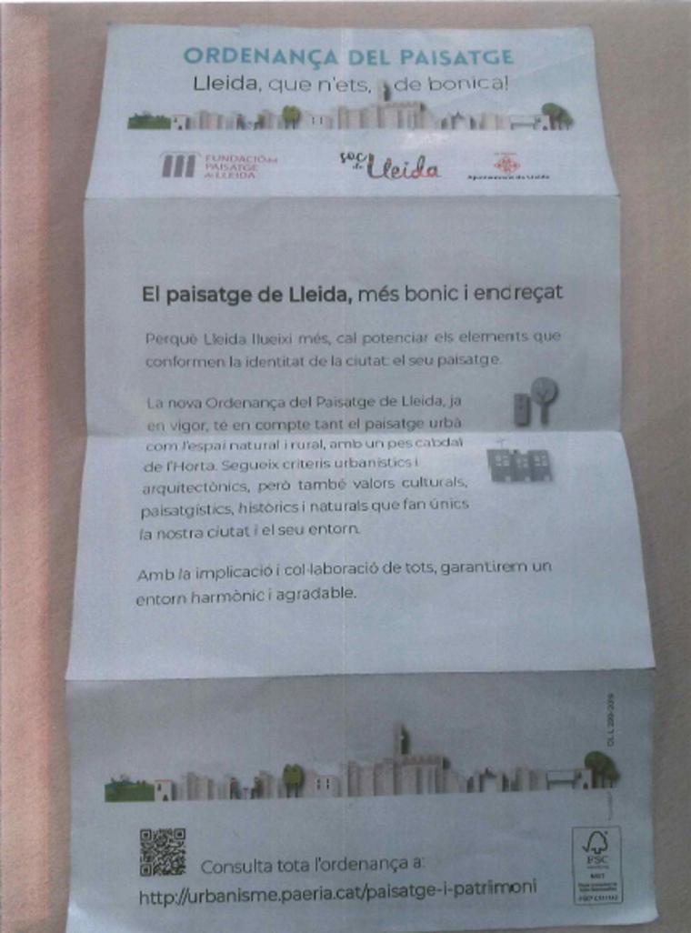 Una de les pàgines del tríptic difós per la Paeria de Lleida per donar a conèixer l'ordenança municipal de Paisatge, l'11 d'abril del 2019 (Horitzontal)