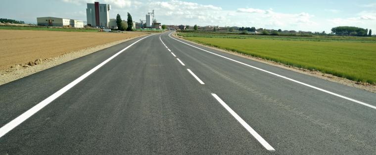 Imatge de la carretera l'LP-3322 entre Linyola i Bellcaire d'Urgell