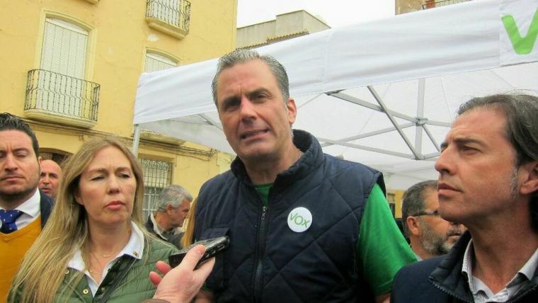 María Salud junt amb Javier Ortega-Smith