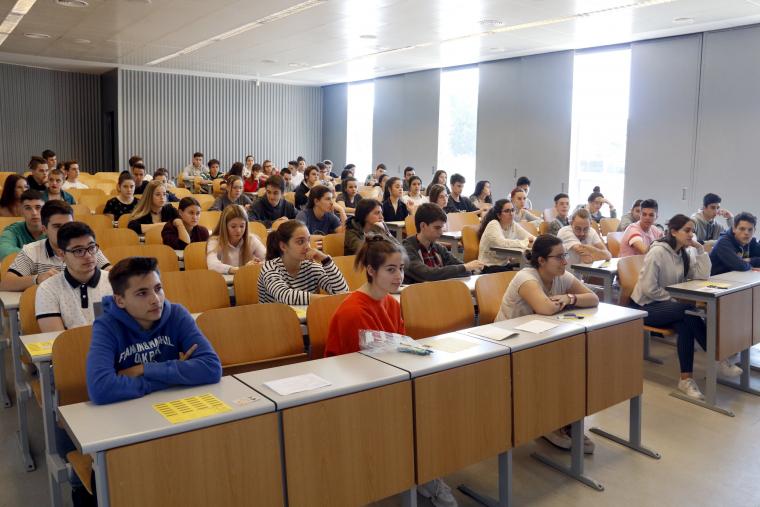 Alumnes en una classe a la Facultat d'Economia i Dret de la Universitat de Lleida