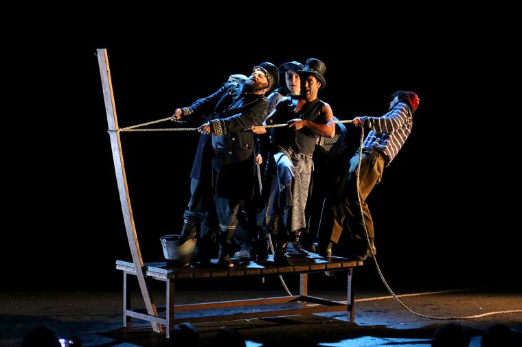 Pla general de la companyia Teatre Gorakada, del País Basc