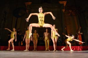 Estrena de l'espectacle #Bachendansa el passat 20 de juliol a la plaça de l'Església de Guissona