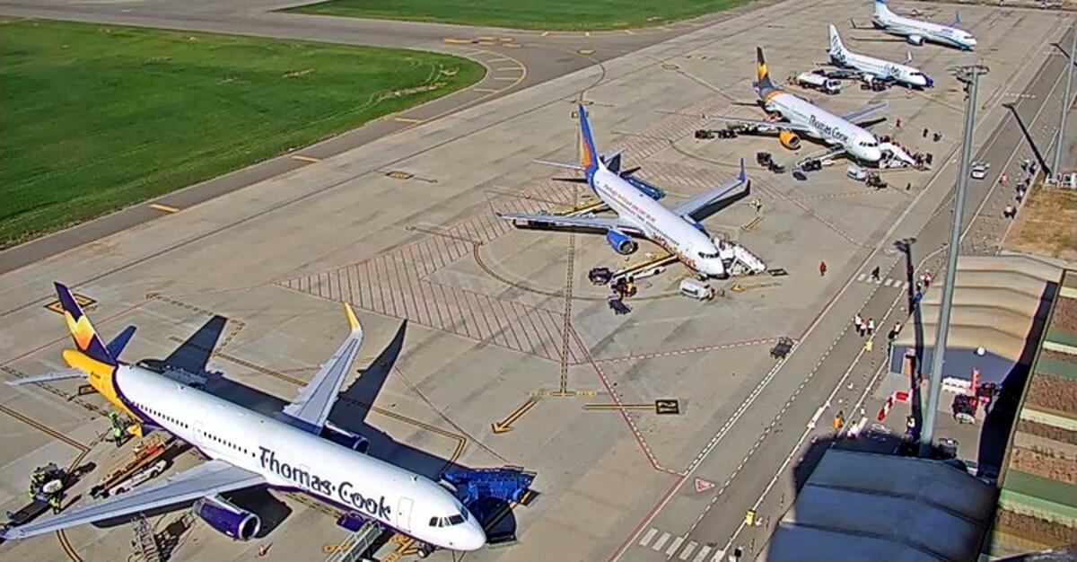 Pla general de l'Aeroport de Lleida-Alguaire amb avions contractats pel touroperador Neilson