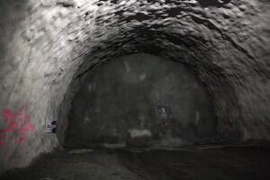 Pla de detall del moment en què ha començat la calada del túnel de Tresponts