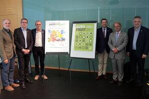 Els representants de les institucions que formen part del Patronat de Fira de Lleida