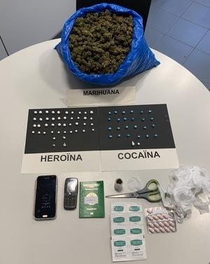 Imatge dels diferents tipus de droga comissats pels mossos al detingut a Lleida