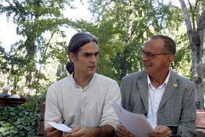 L'alcalde de Lleida, Miquel Pueyo (esquerra), i el tinent d'alcalde d'Habitatge i Transició Ecològica, Sergi Talamonte