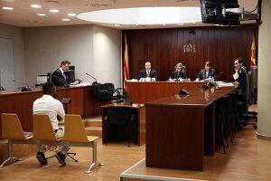 Pla obert de l'acusat d'abusar sexualment de la seva fillastra durant el judici a l'Audiència de Lleida