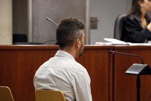 Pla tancat de l'acusat d'agredir sexualment la seva fillastra durant anys a Guissona