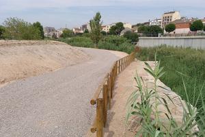 Tram del corredor natural habilitat vora la riba del riu Ondara a Tàrrega.